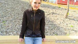 Русское порно: Nataly Von (gets fucked in public) (2012)