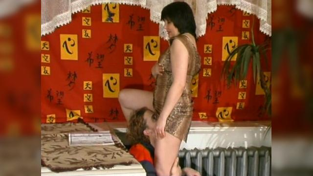 Russian Mature Women Having Sex With Young Guys часть 18