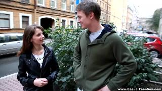 Русское порно: Liona Levi and Brian - Casual Sex with the cutest Teeny